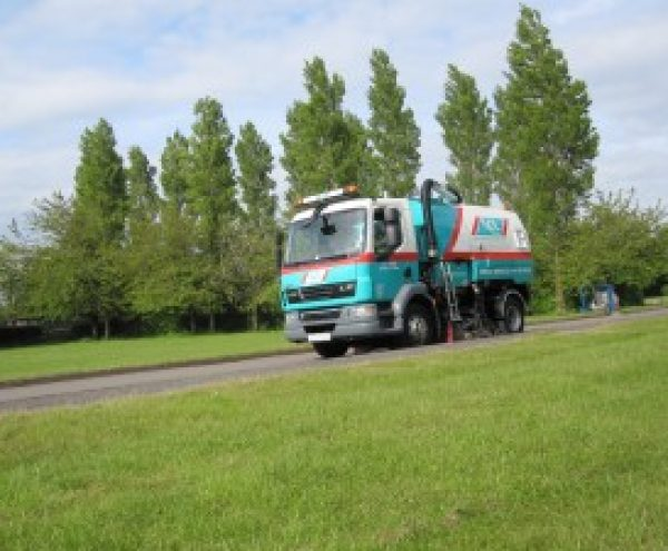 Road Sweeper hire in Ellesmere Port