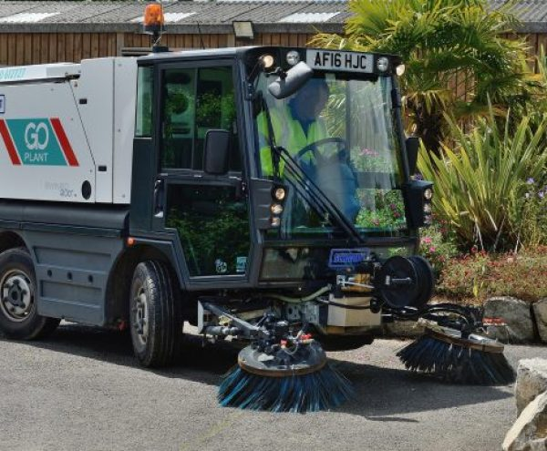 Pedestrian Sweepers Short Term Hire