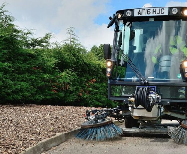 Pedestrian Sweepers for Street Cleaning
